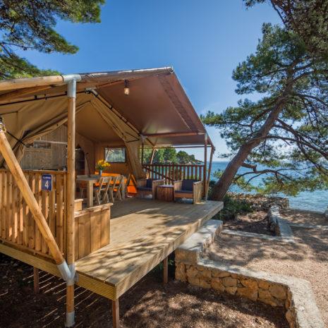 Safari Tent Woody porch