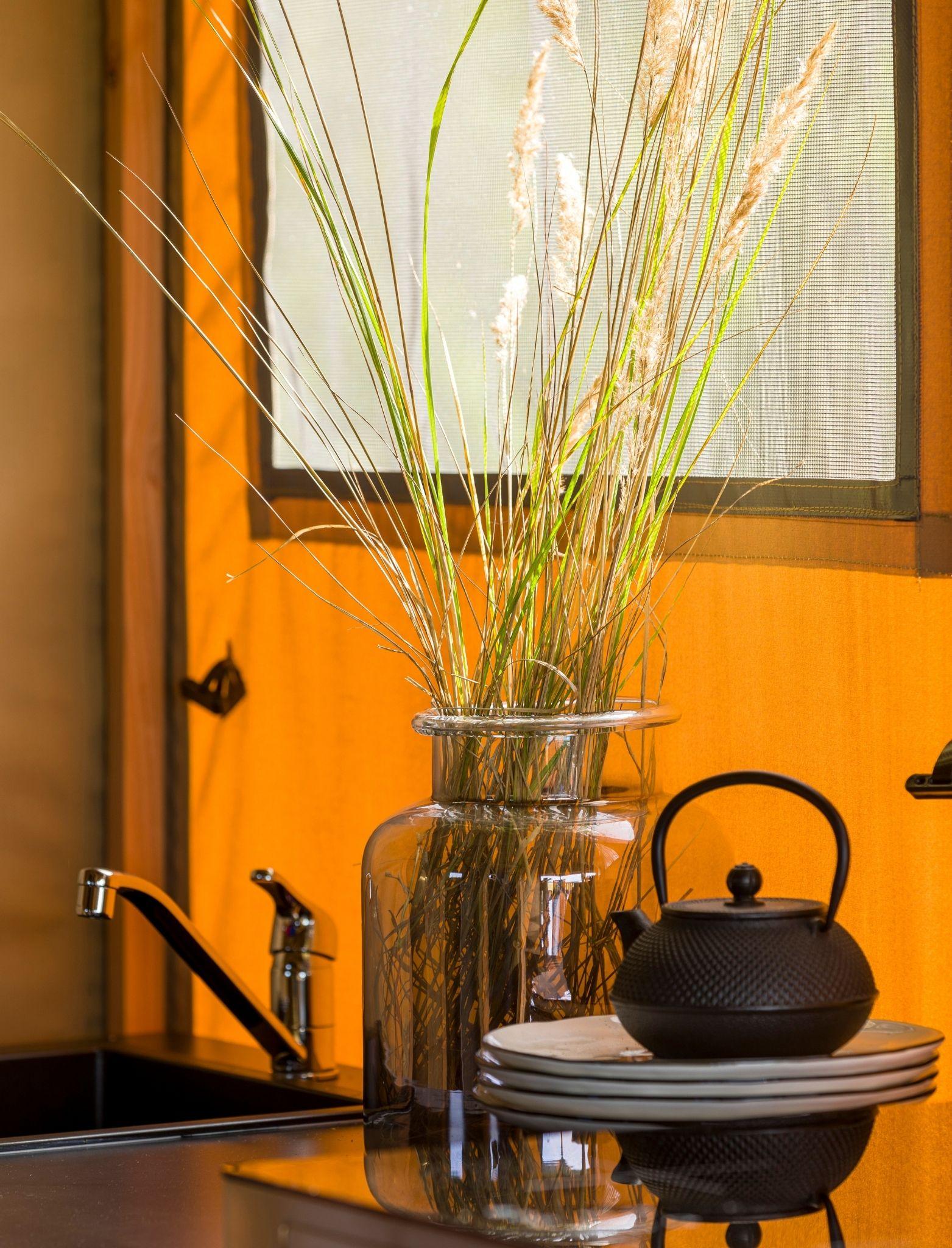 YALA_Kitchen_detail_interior_Pure