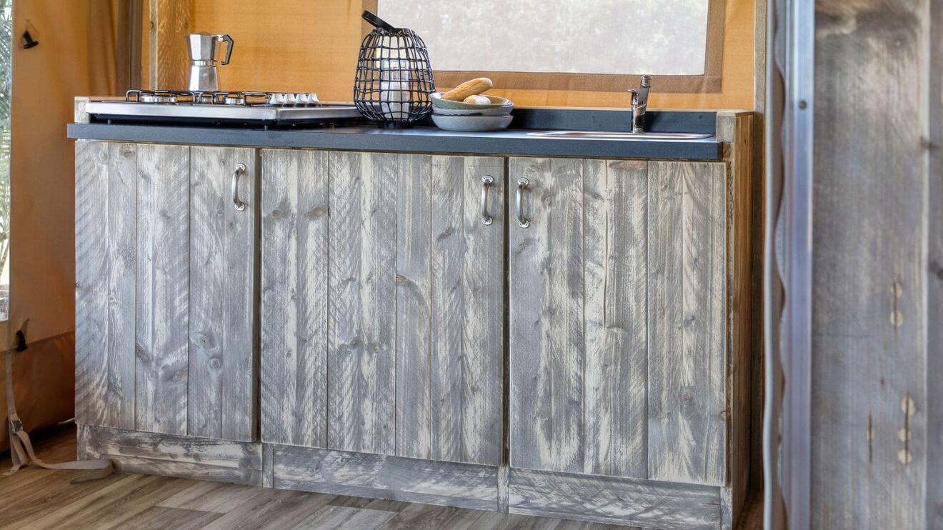 YALA_interior_RAW_interior_kitchen