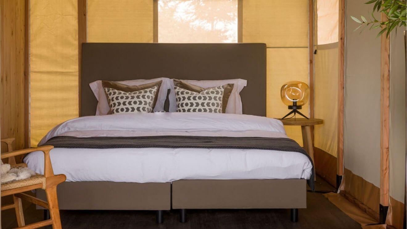 YALA_master_bedroom_interior_Lush