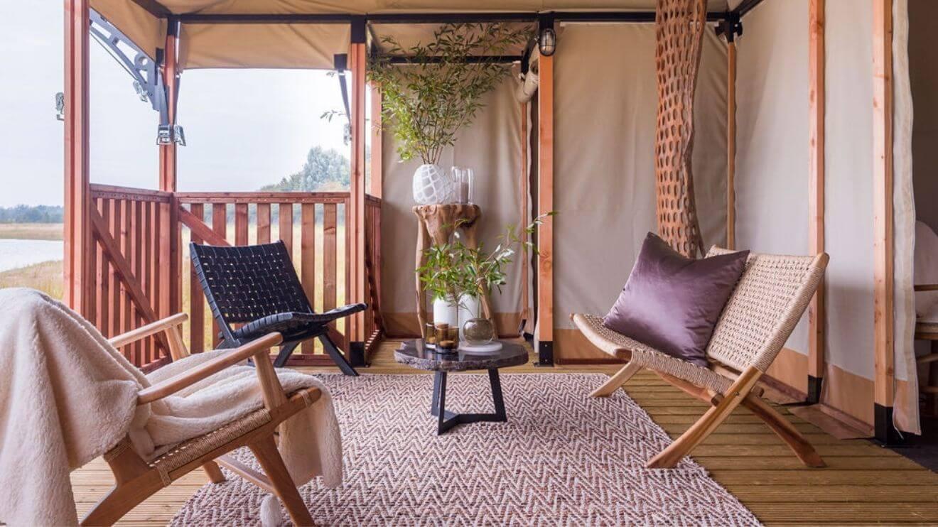 YALA_veranda_detail_interior_Lush