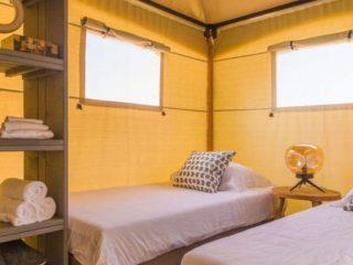 YALA_Eclipse_glamping_lodge_bedroom_with_interior_Lush