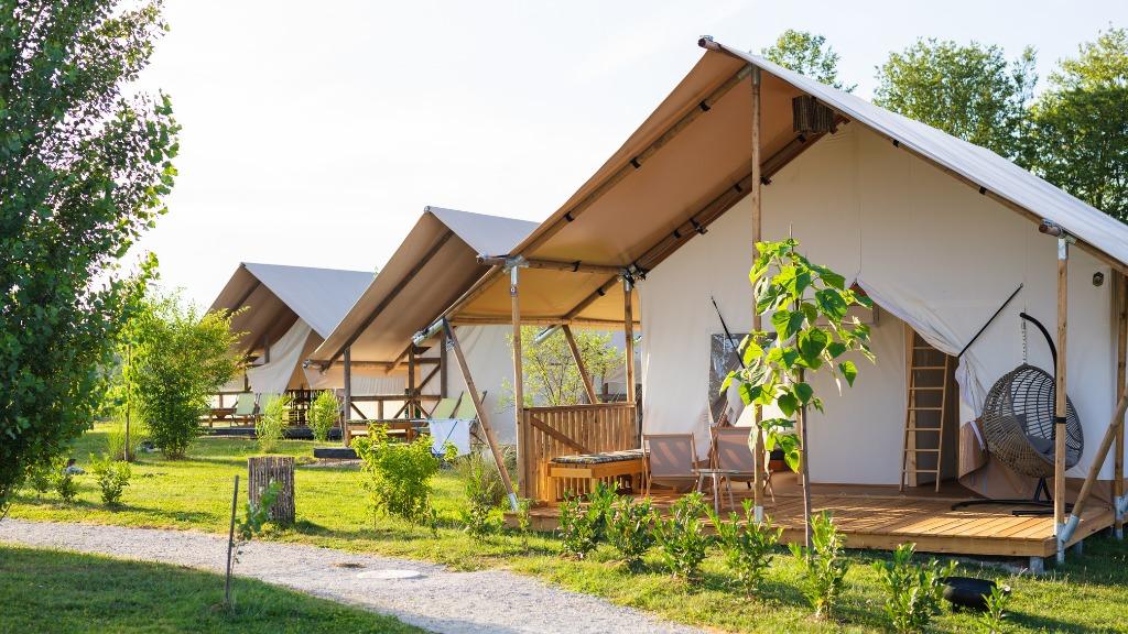 YALA_Sunshine_tiendas_glamping_resort_sostenible