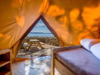 YALA_BellTent_inside_the_tent - YALA_BellTent_at_EigenWijze_Netherlands_landscape - Safari tents and glamping lodges