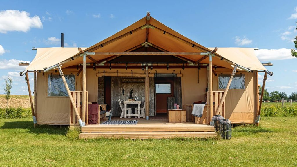 YALA_Dreamer49_exterior_front_view_landscape - Safari tents and glamping lodges