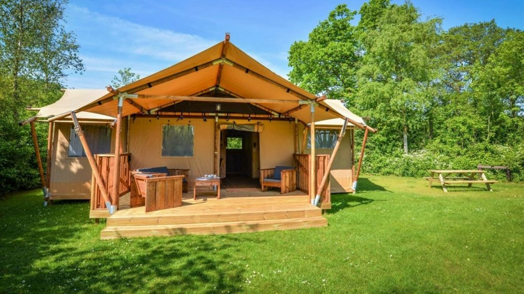 YALA_Dreamer_front_view_the_Netherlands - Safari tents and glamping lodges