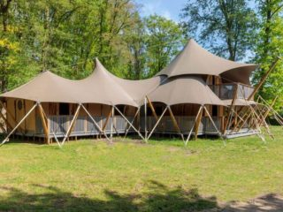 YALA_Supernova_exterior_landscape - Safari tents and glamping lodges
