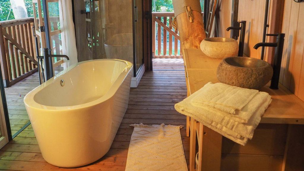 YALA_Supernova_Master_Bathroom_Glamping_De_Parel_The_Netherlands