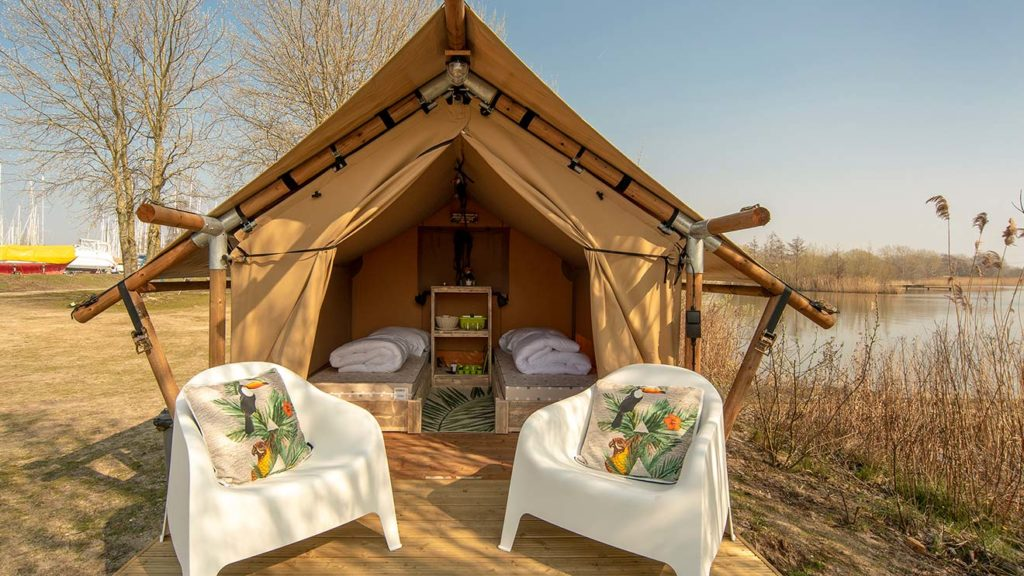 YALA_Sparkle campsite glamping tents
