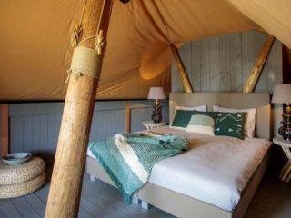 YALA_Supernova_bedroom_landscape - safaritenten en glamping lodges