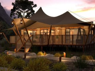YALA_Aurora_luxury_canvas_glamping_lodge_side_view_by_sunset