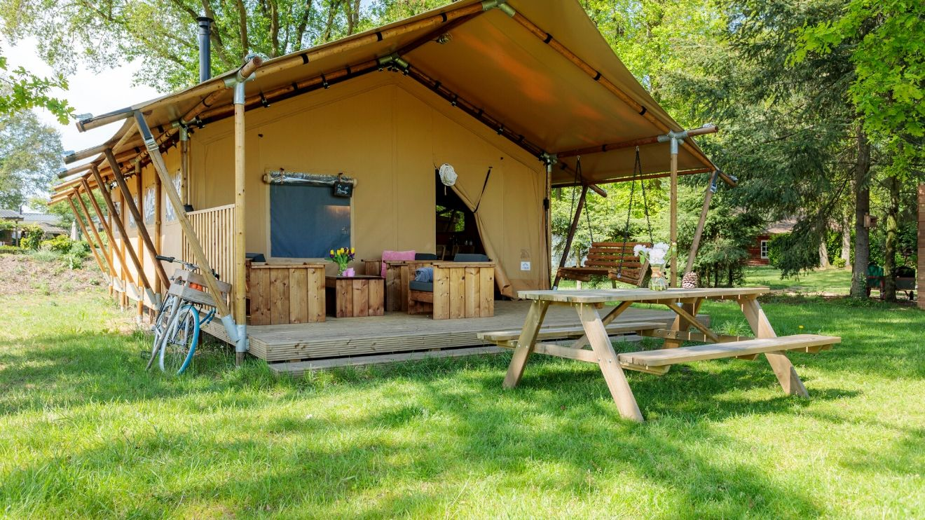 YALA_Safari_Tent_Woody_exterior_at_Holidaypark_DePier_Netherlands