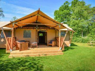 YALA_Dreamer_front_view_the_Netherlands - Safarizelte und Glamping Lodges