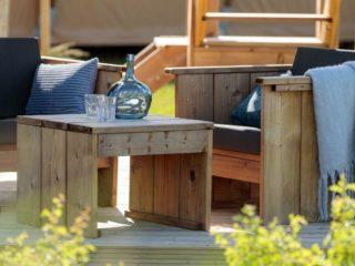 YALA_Shimmer_at_campsite_seat - Safarizelte & Glamping Lodges