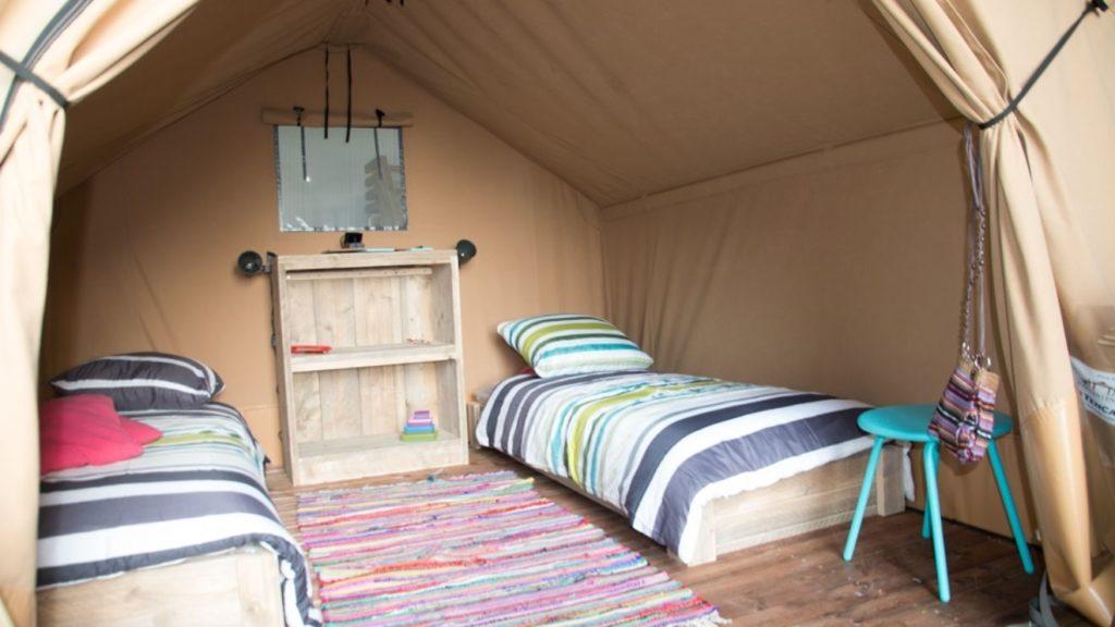 YALA_Sparkle_interior_detail_landscape - Safarizelte & Glamping Lodges