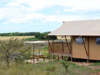 YALA_Sunshine_sideview_Hluhluwe_Bush_Camp