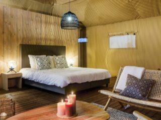 YALA_Stardust_luxury_hotel_suite_glamping_lodge_living