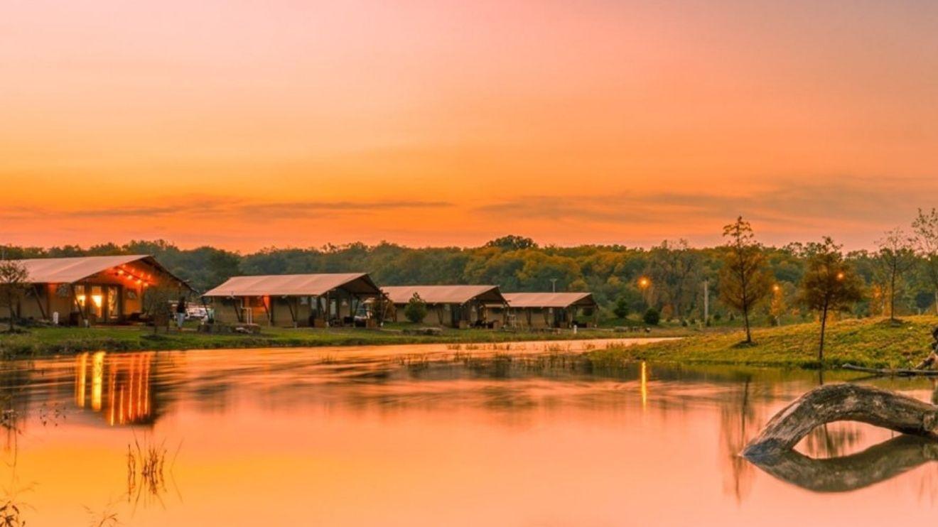 YALA_luxury_canvas_lodges_Santkoty_Lakes_USA