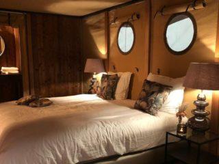 YALA_Auora_interior_master_bedroom - サファリテント & グランピングロッジ