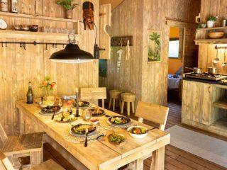 YALA_Dreamer_interior_kitchen_landscape - サファリテント & グランピングロッジ