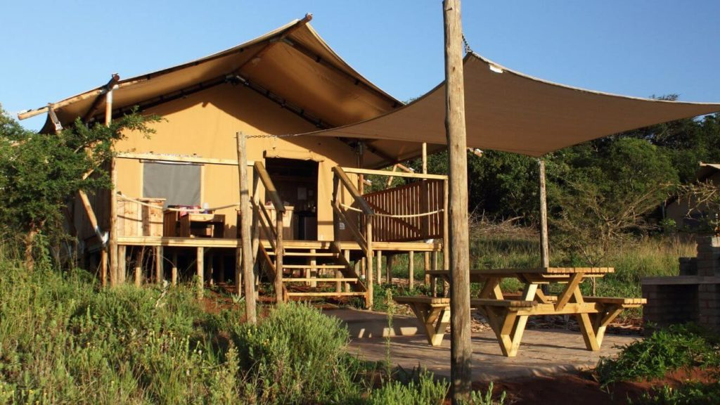 YALA_Sunshine_front_Hluhluwe_Bush_Camp_Africa - サファリテント & ゲランピングロッジ